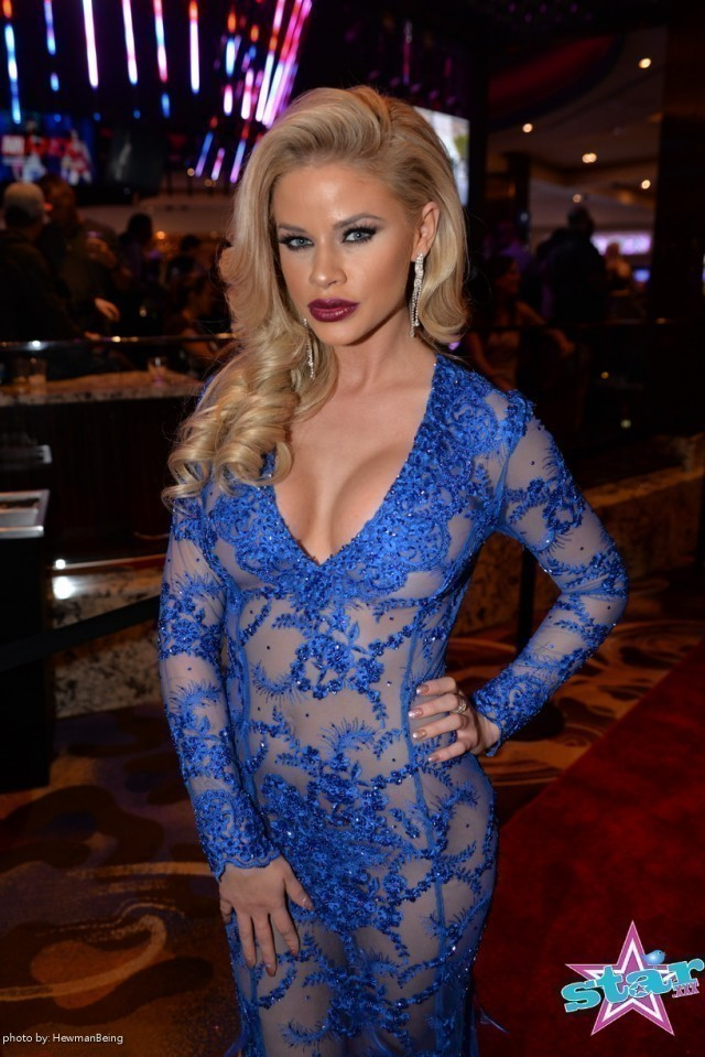 2016 Avn Awards Best Dressed Candy Porn
